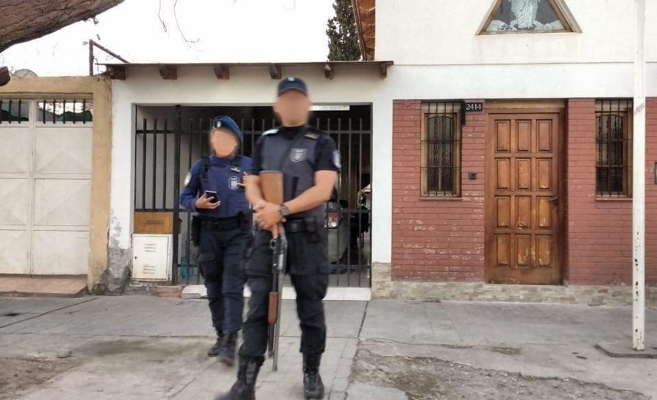 Mendoza | En allanamientos encontraron droga, armas y autopartes: hay detenidos