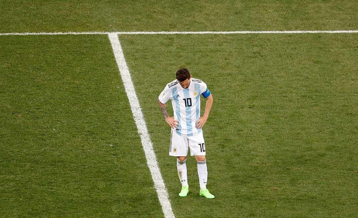 Argentina cayó 3 a 0 frente a Croacia y está con un pie afuera