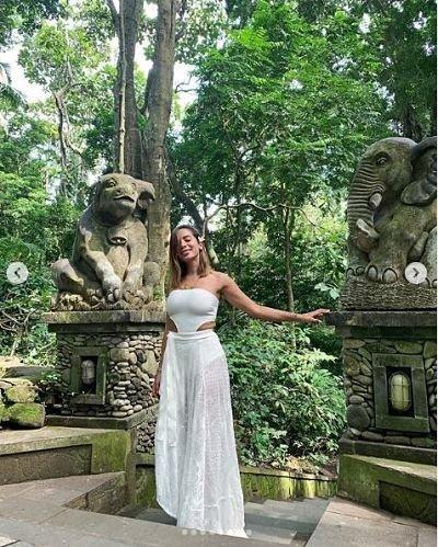 anitta-fotos-vacaciones-bikini-hot-instagram-mujer-brasileña-video-xxx