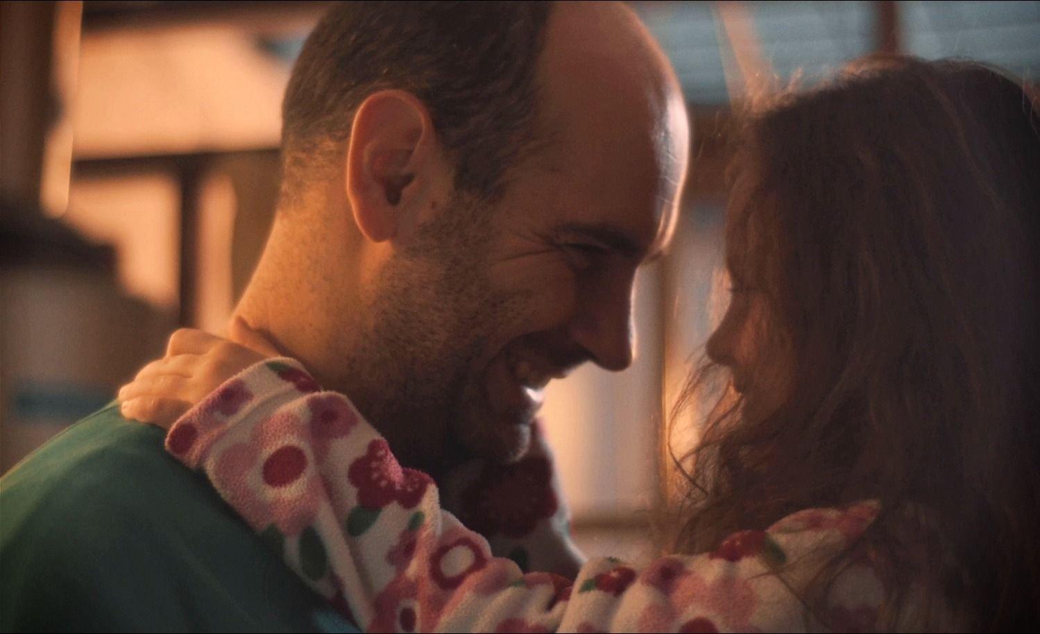 FELIZ DÍA DEL PADRE   Un VIDEO ARGENTINO para los papás es VIRAL en YouTube, WhatsApp e Instagram