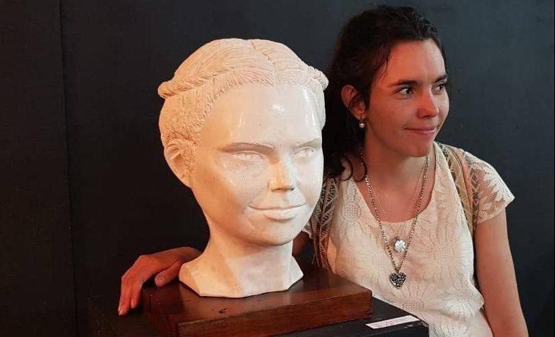 Antonella Agostini, la artista plástica que rompe estructuras y trasciende fronteras