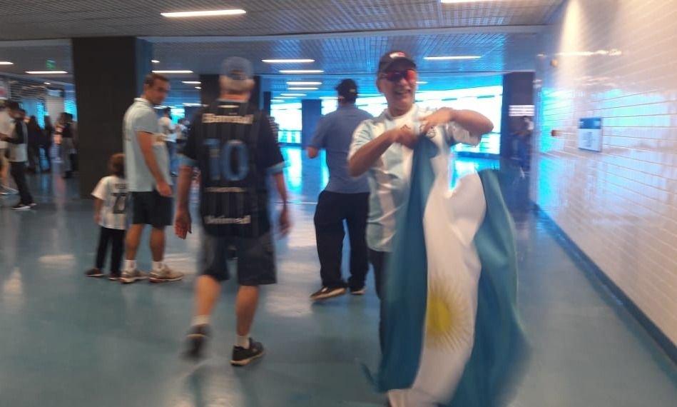 Copa América: así alentaron cuatro brasileños a la Selección argentina y Messi