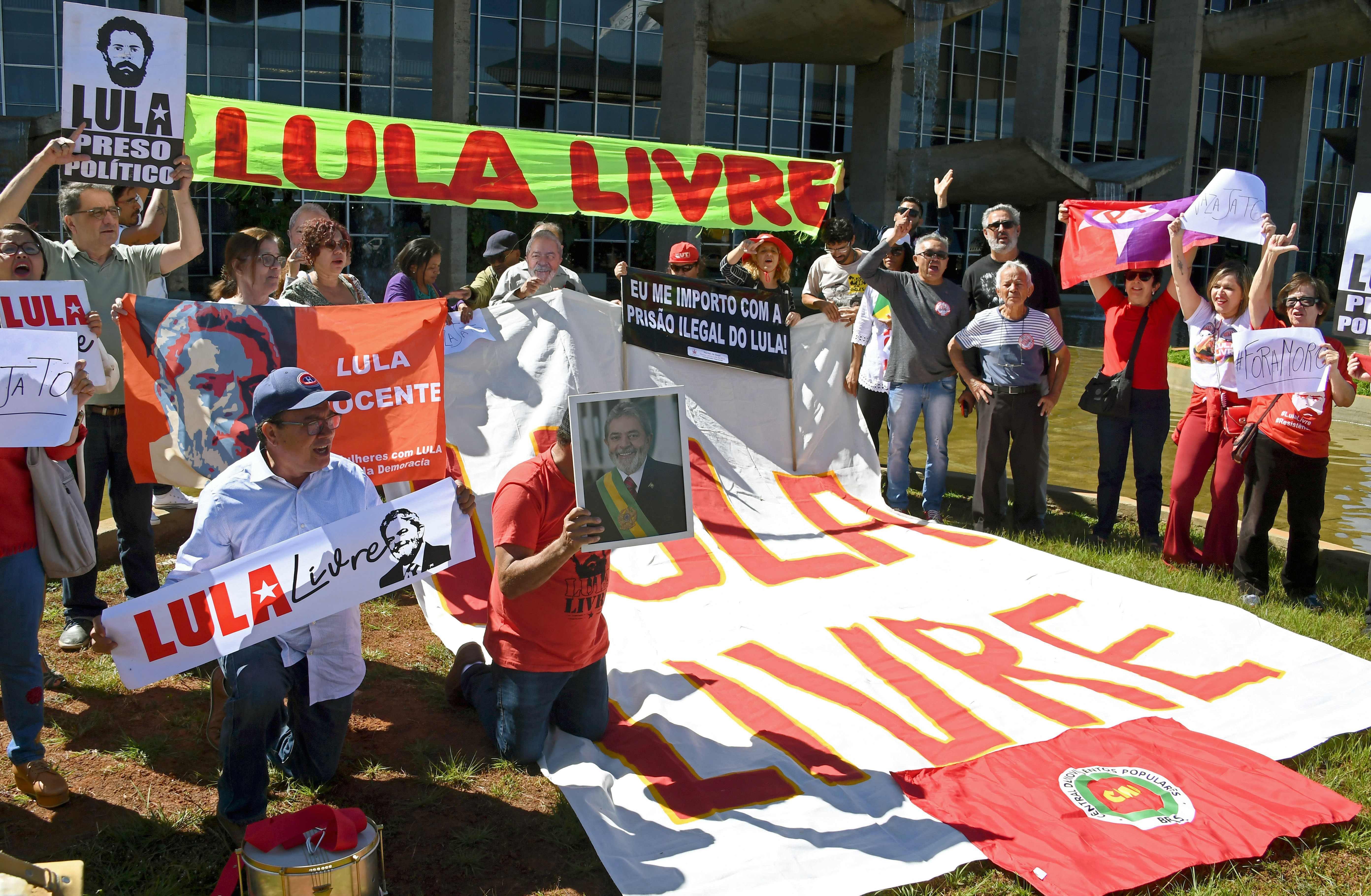 copa america brasil 2019 jair bolsonaro lula da silva crisis huelga manifestaciones neymar acusacion violacion copa austera elefantes blancos