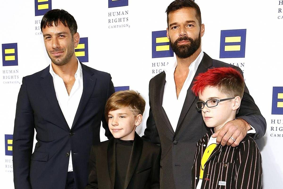 Ricky Martin no se quedó con las ganas y organizó la graduación de sus gemelos