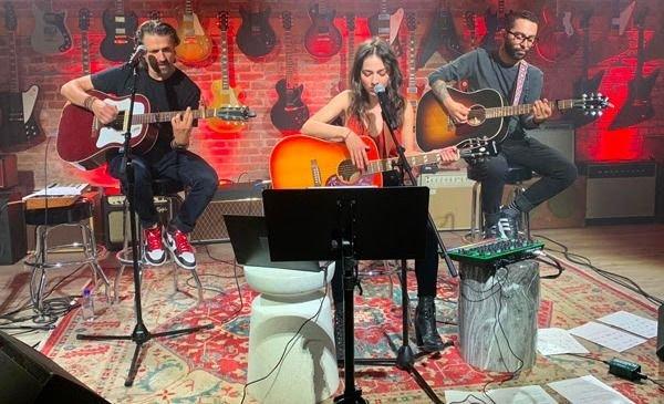 Paty Cantú la rompió con su show Antología