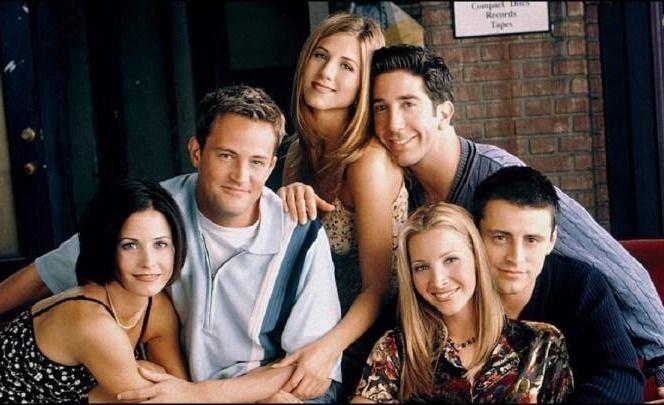 Jennifer Aniston mostró fotos del backstage de la reunión de Friends