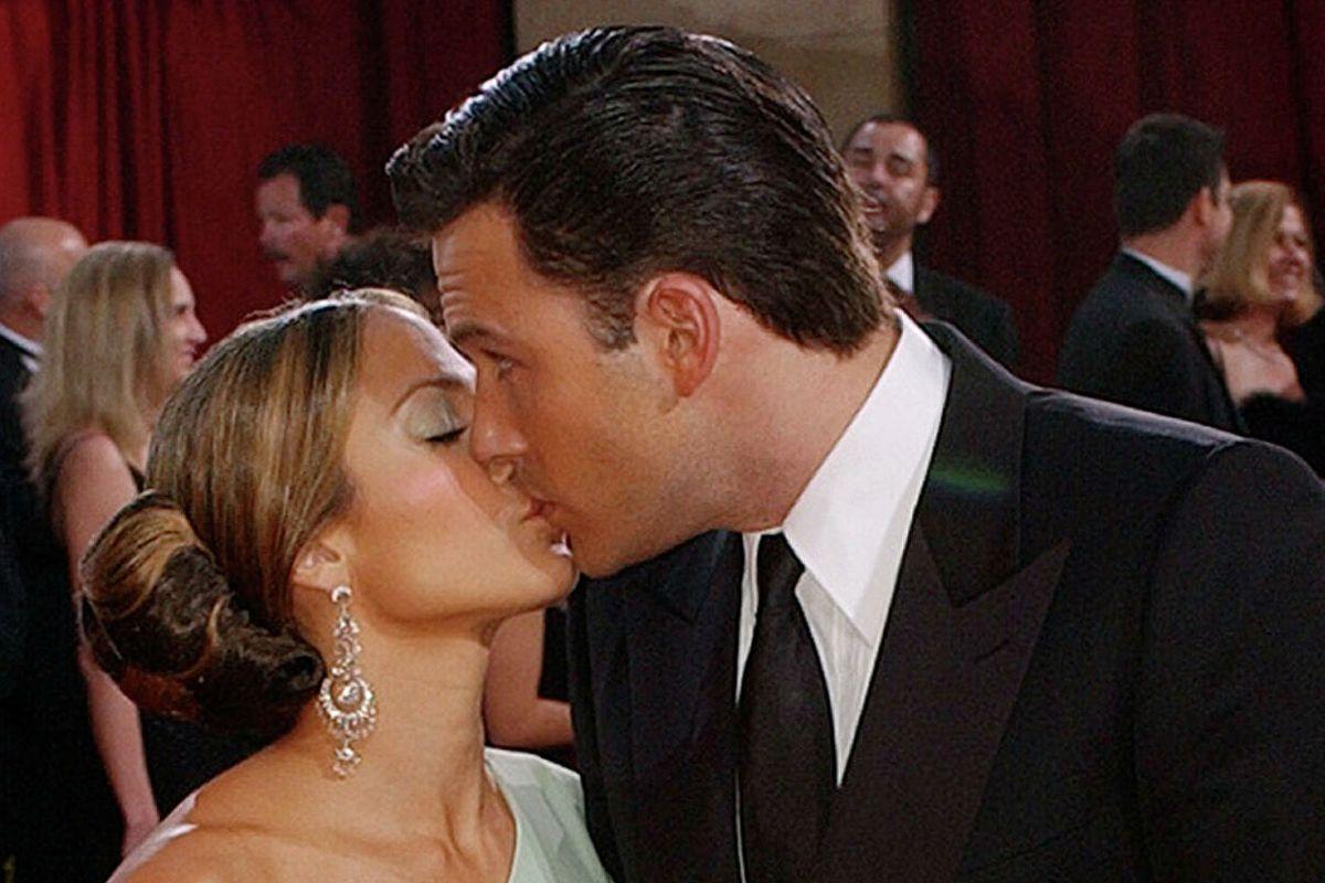 El beso que confirmó el romance
