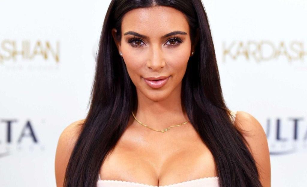 Epa: Kim Kardashian se puso un vestido ¡de plástico! y mostró de más