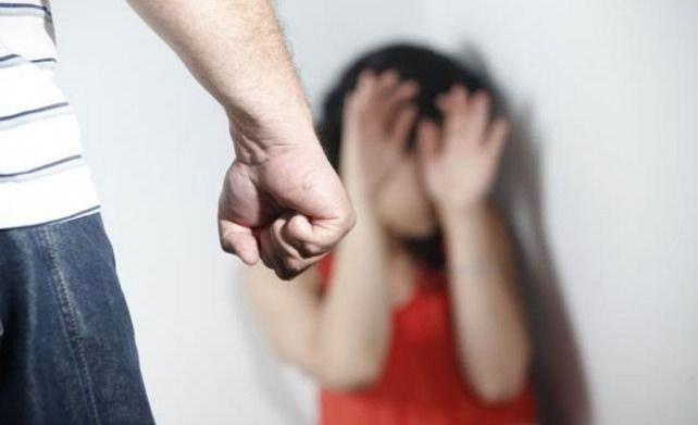 Cansada de las amenazas de su ex, hizo público su calvario