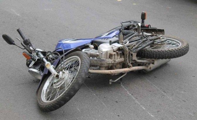 Mendoza: atropelló y mató a dos jóvenes en moto