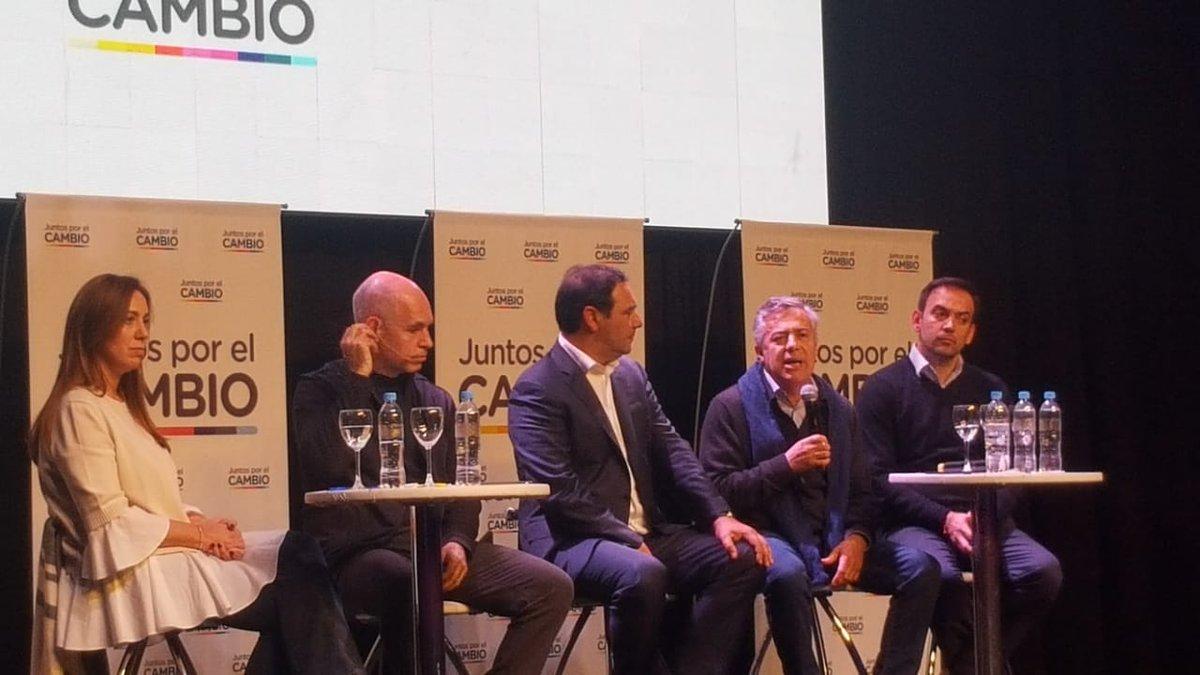 Macri en Mendoza San Carlos Alfredo Cornejo encuentro Juntos por el Cambio PASO elecciones 11 de agosto
