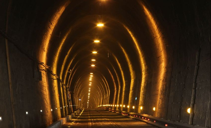 tunel caracoles
