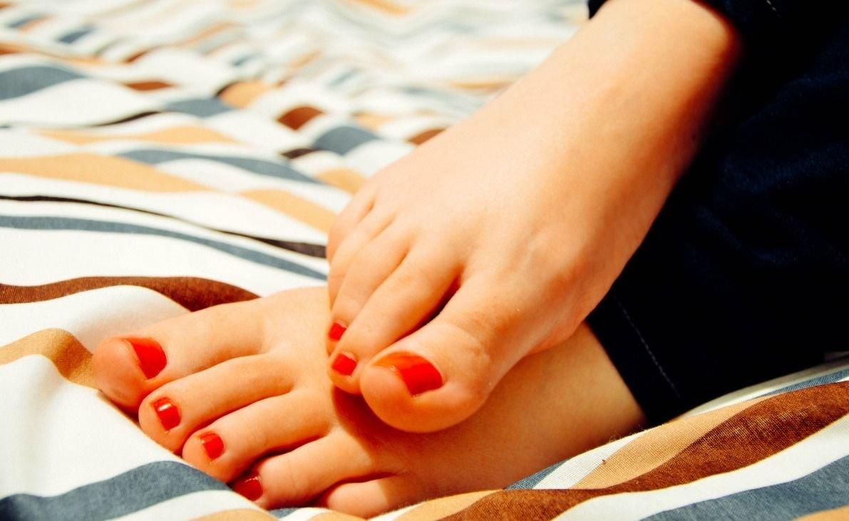 ¿Qué puede indicar tener los pies fríos todo el tiempo?