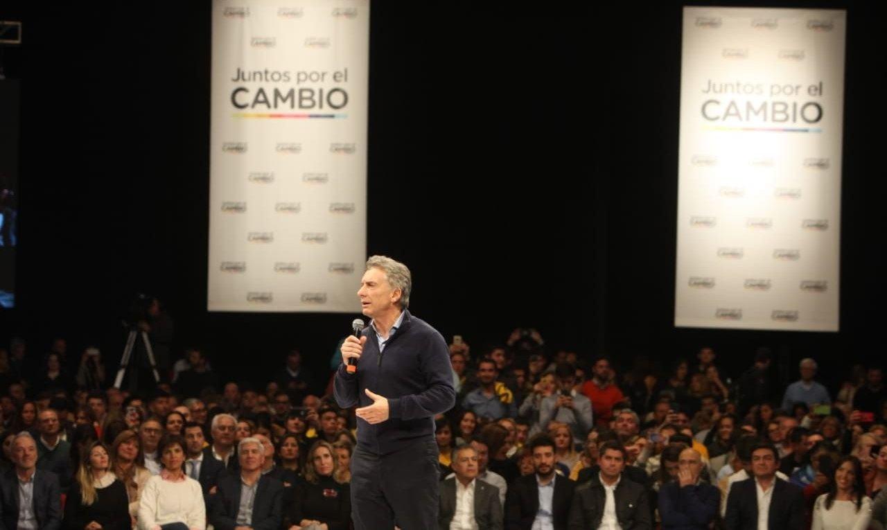 """Macri en Mendoza: """"Tenemos que salir a convencer a los que tienen dudas"""""""