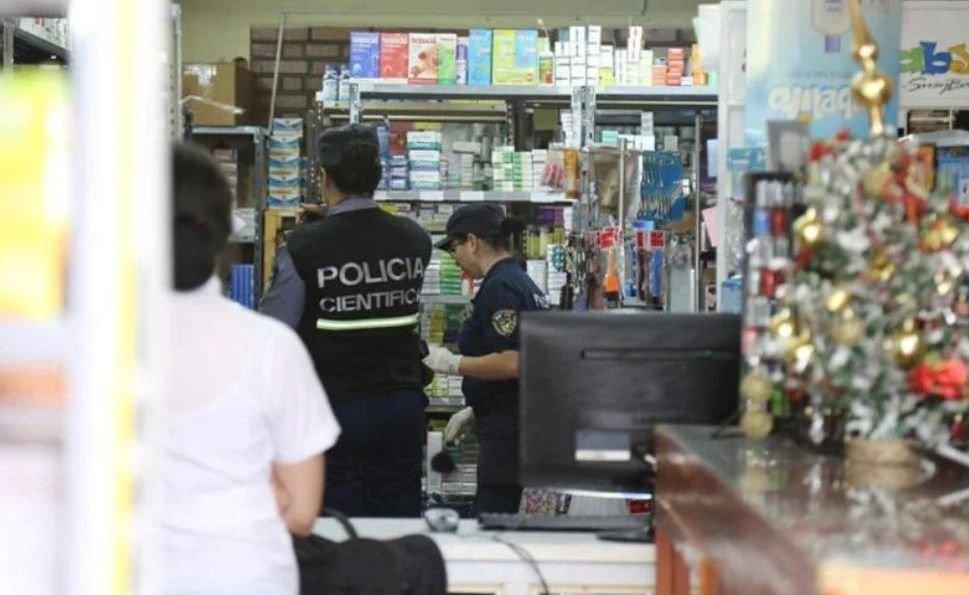 Luján de Cuyo: delincuentes robaron pañales, curitas y vendas en una farmacia
