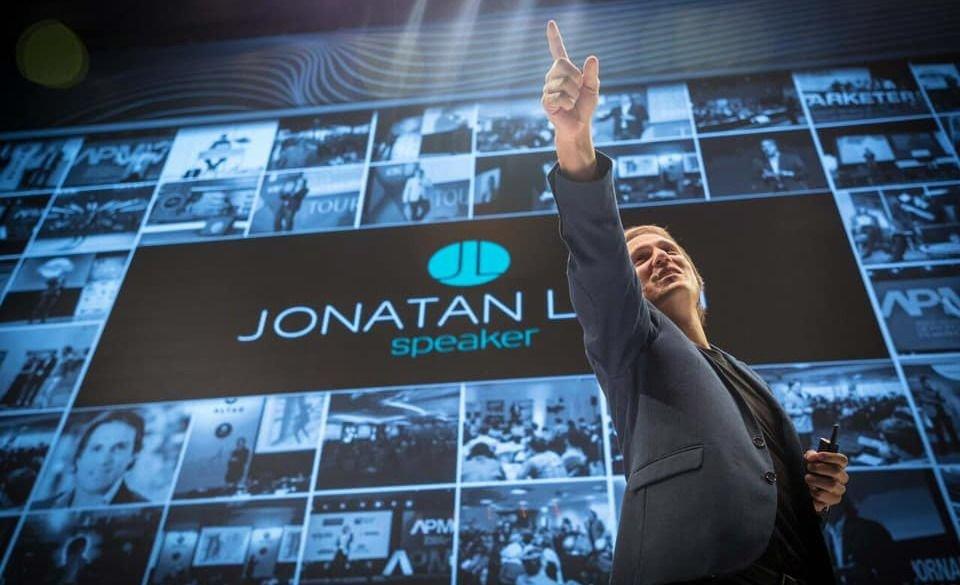 """Jonatan Loidi trae a Mendoza """"Cómo reinventarse en épocas de cambios"""""""