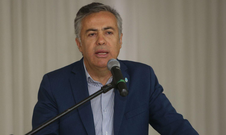 Cornejo presentó un proyecto para agilizar las demandas contra el Estado
