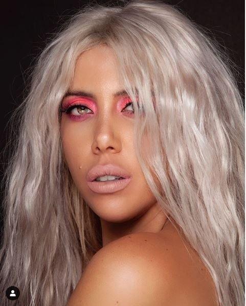 wanda-nara-kim-kardashian-look-foto-maquillaje-instagram-famosa-estilo