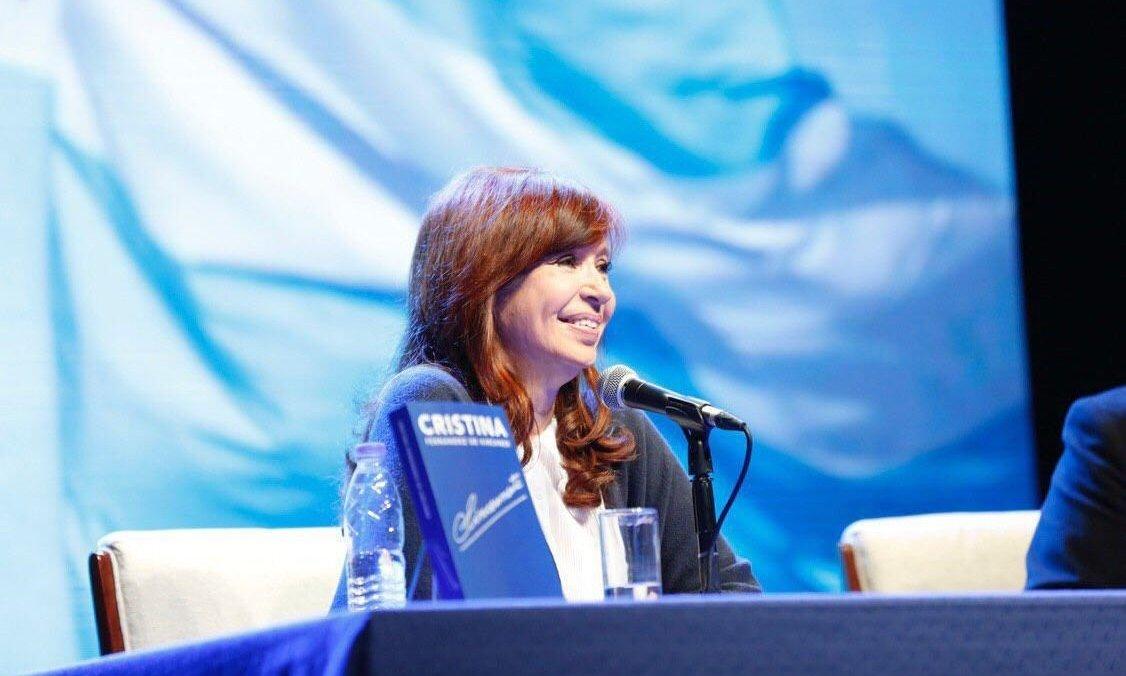 """Cristina Kirchner: """"Como nació más gente hay más desocupación, un disparate total"""""""