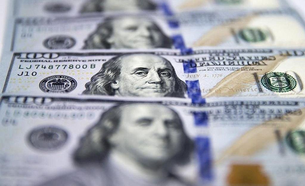 dolar mercado cambiario mendoza banco central divisa dolar blue ¿a cuanto cerro el dolar?