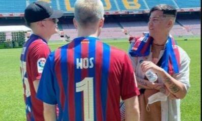 El Camp Nou presenció un encuentro musical entre Duki, Wos y Bizarrap