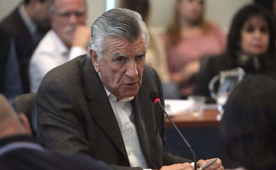 """Gioja confía en que Máximo Kirchner sea """"un buen jefe de bloque"""" de diputados"""