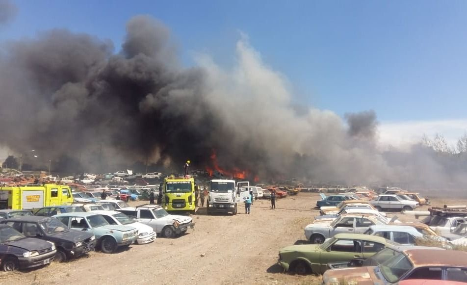 Se incendió la playa San Agustín debido al viento Zonda