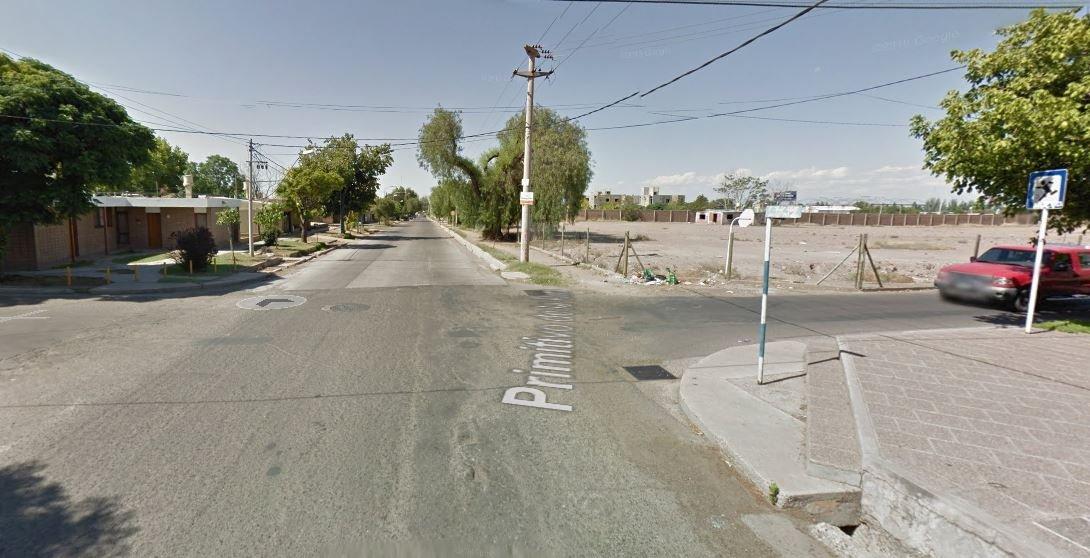 Mendoza Godoy Cruz Barrio Soeva Norte calle Jacinto Benavente