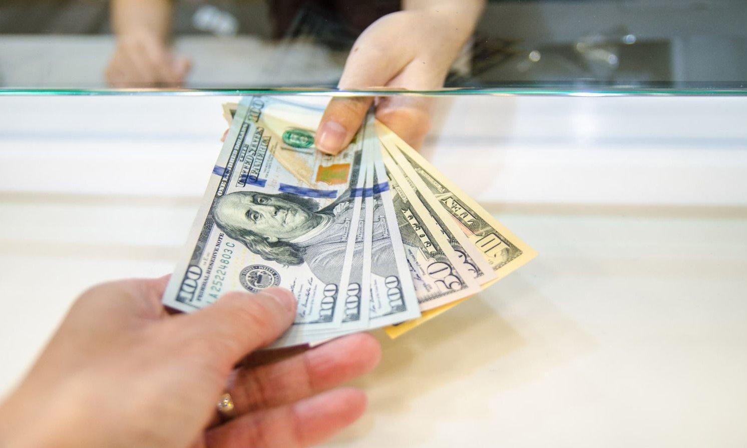 Dólar hoy 💵: el billete verde cerró sin cambios a $62,97