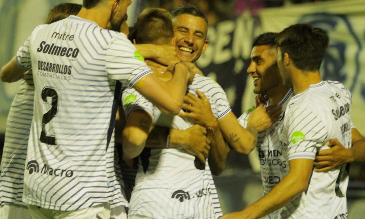 Independiente Rivadavia y Alvarado se enfrentan en el Gargantini
