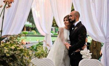 Abel Pintos y Mora Calabrese celebraron su matrimonio en un ambiente íntimo