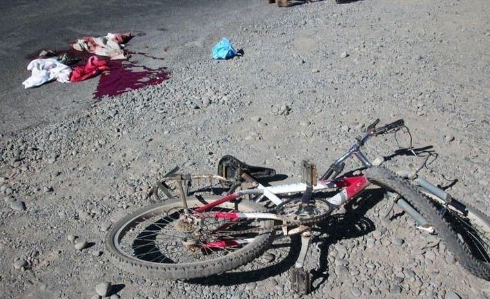 Atropelló, mató a un ciclista y huyó en su camioneta