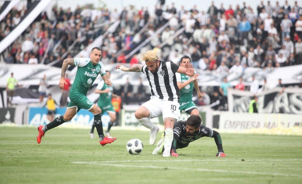 Gimnasia cayó frente Sarmiento de Junín y perdió el invicto