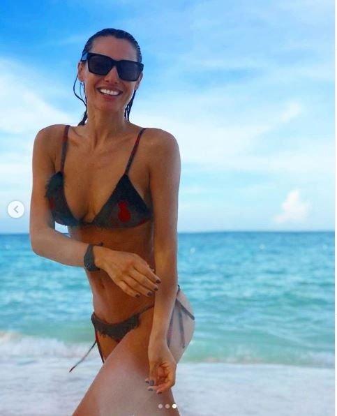 pampita-instagram-mar-bikini-novio