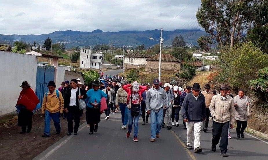Ecuador vuelve lentamente a la normalidad mediante el diálogo