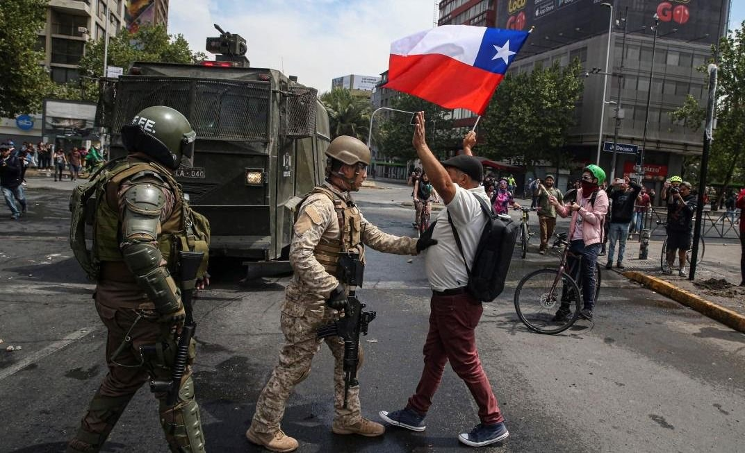 Sigue la violencia en Chile: ascienden a 15 los muertos