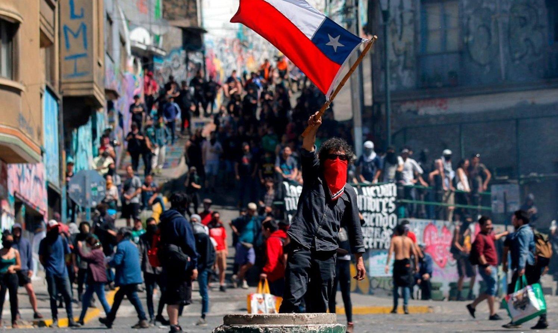 El Gobierno cuestionó las protestas en Chile y culpó a Cuba y Venezuela