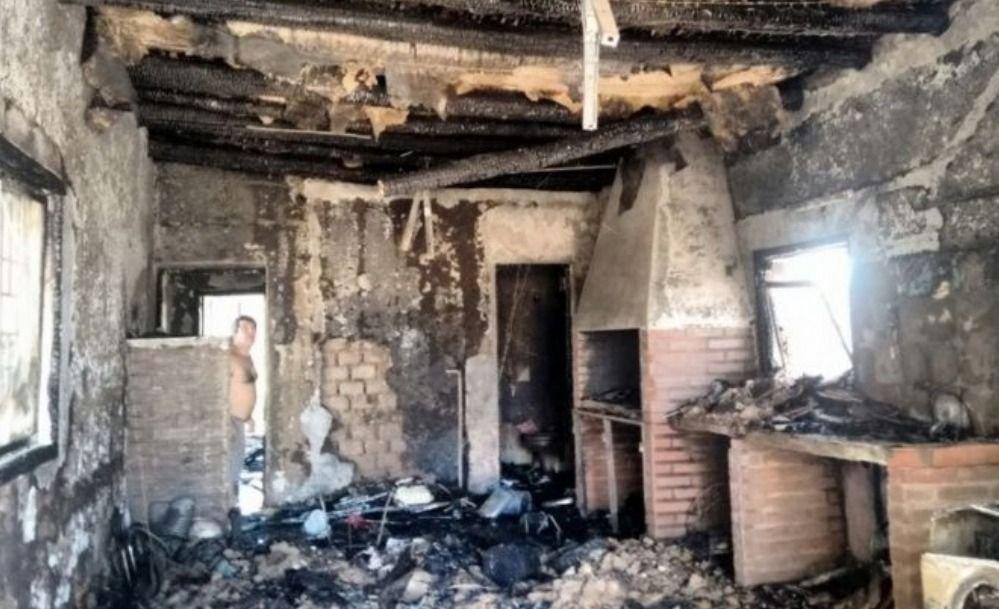 Sanjuaninos querían hacer un asado y terminaron incendiando la casa