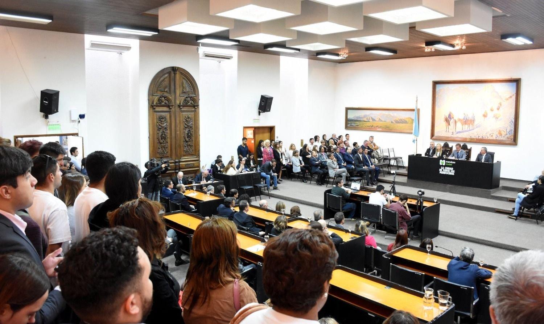 Proponen bajar la cantidad de concejos deliberantes para reducir costos
