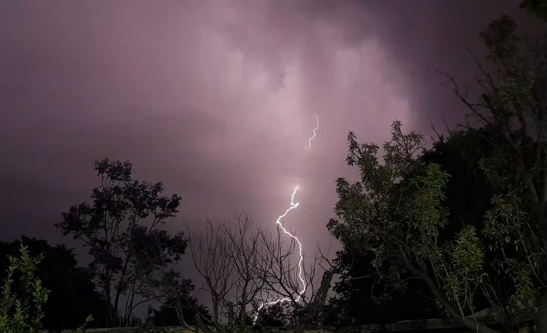 Nueva alerta por tormentas fuertes y actividad eléctrica en Mendoza