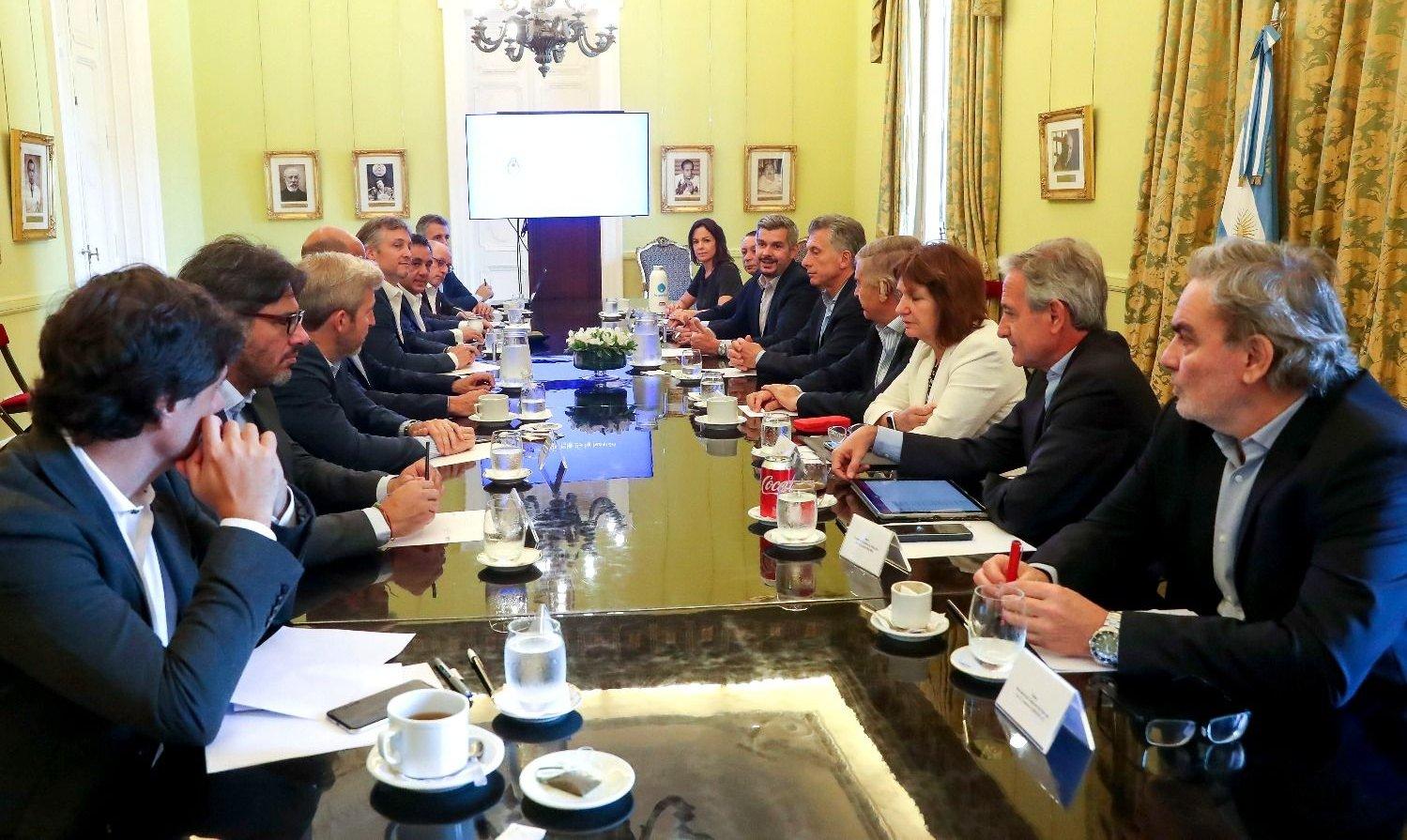 """El Gobierno advirtió que """"no hay transición"""" con Alberto Fernández"""