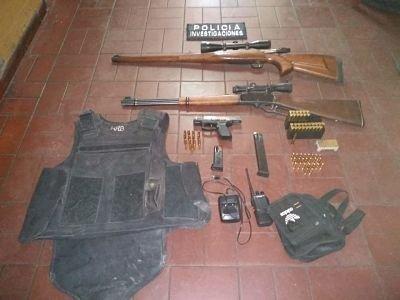 policiales-allanamientos-triple-frontera-mendoza-armas-