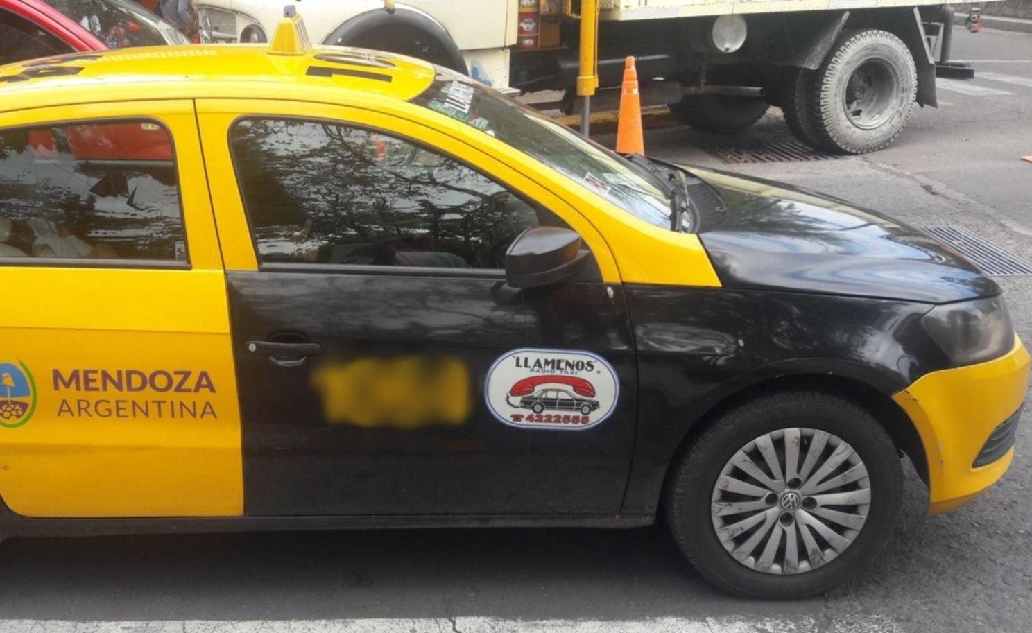 Asaltaron a un taxista en Las Heras