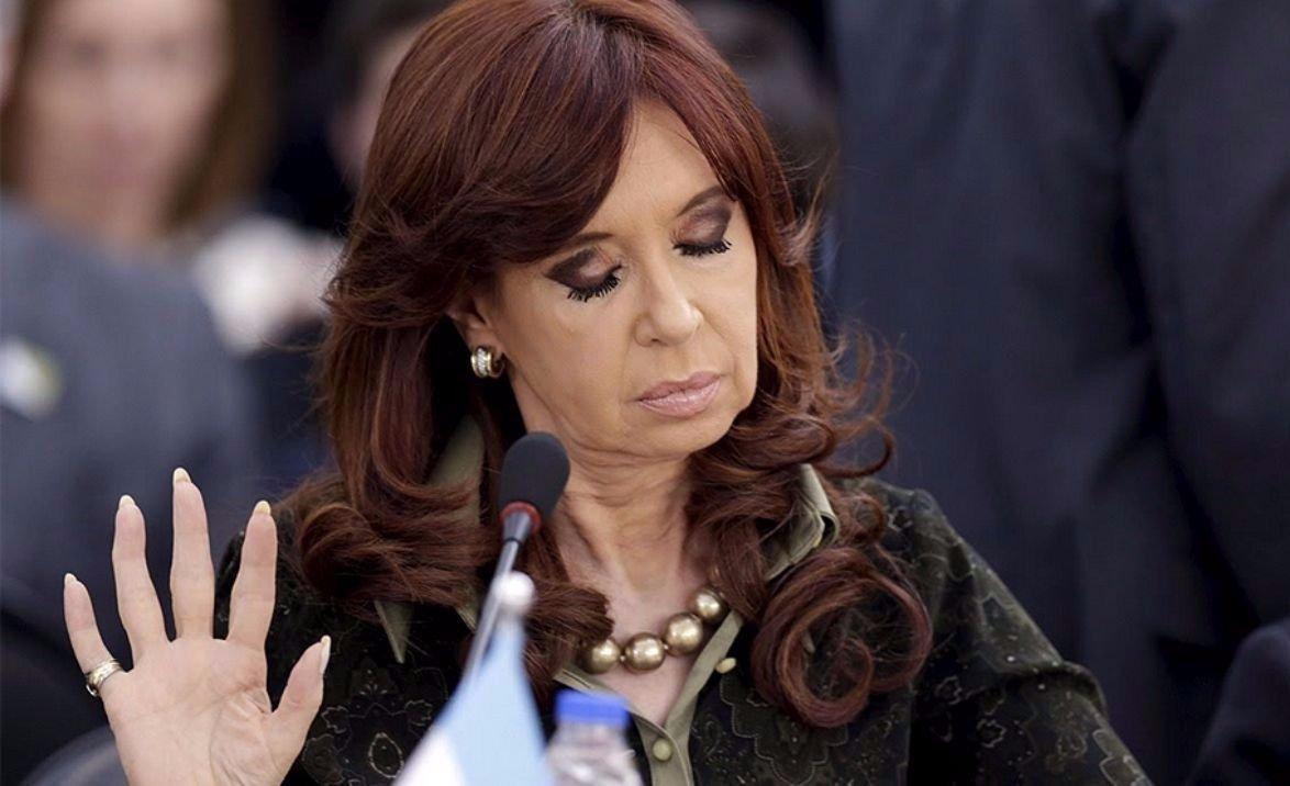 Piden el desafuero y detención de Cristina Kirchner