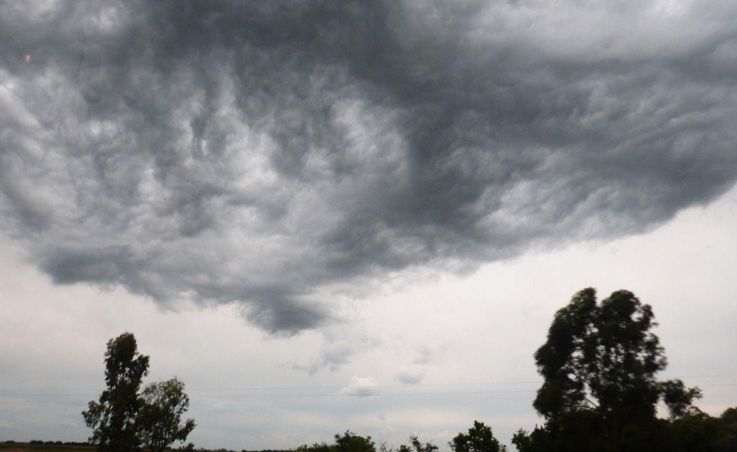 ¿Se viene la lluvia?