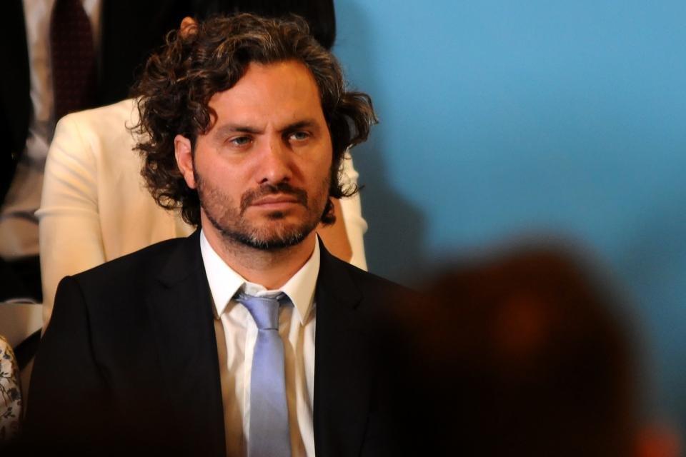 Santiago Cafiero Economía compras en el exterior impuesto